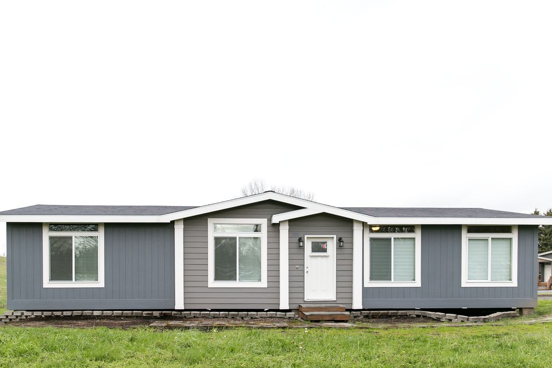 The 2021 COLUMBIA RIVER Exterior. This Manufactured Mobile Home features 3 bedrooms and 2 baths.