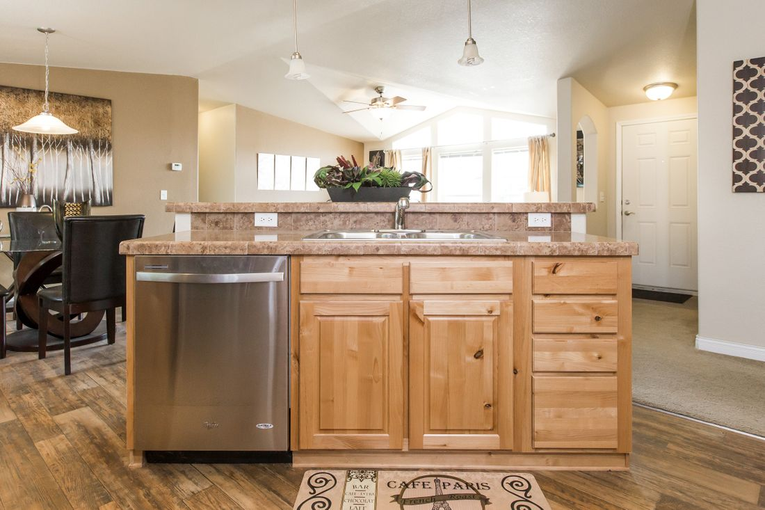 The 9597S GLACIER PEAK Kitchen. This Manufactured Mobile Home features 3 bedrooms and 2 baths.